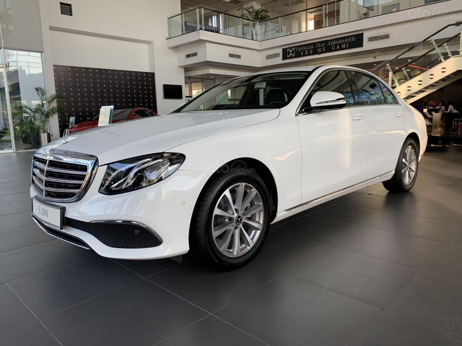 Mercedes E200 2019 All New, ưu đãi cực sốc trong tháng 12 (6)