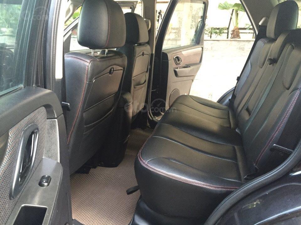 Bán Ford Escape XLS 2010, số tự động, màu đen (3)
