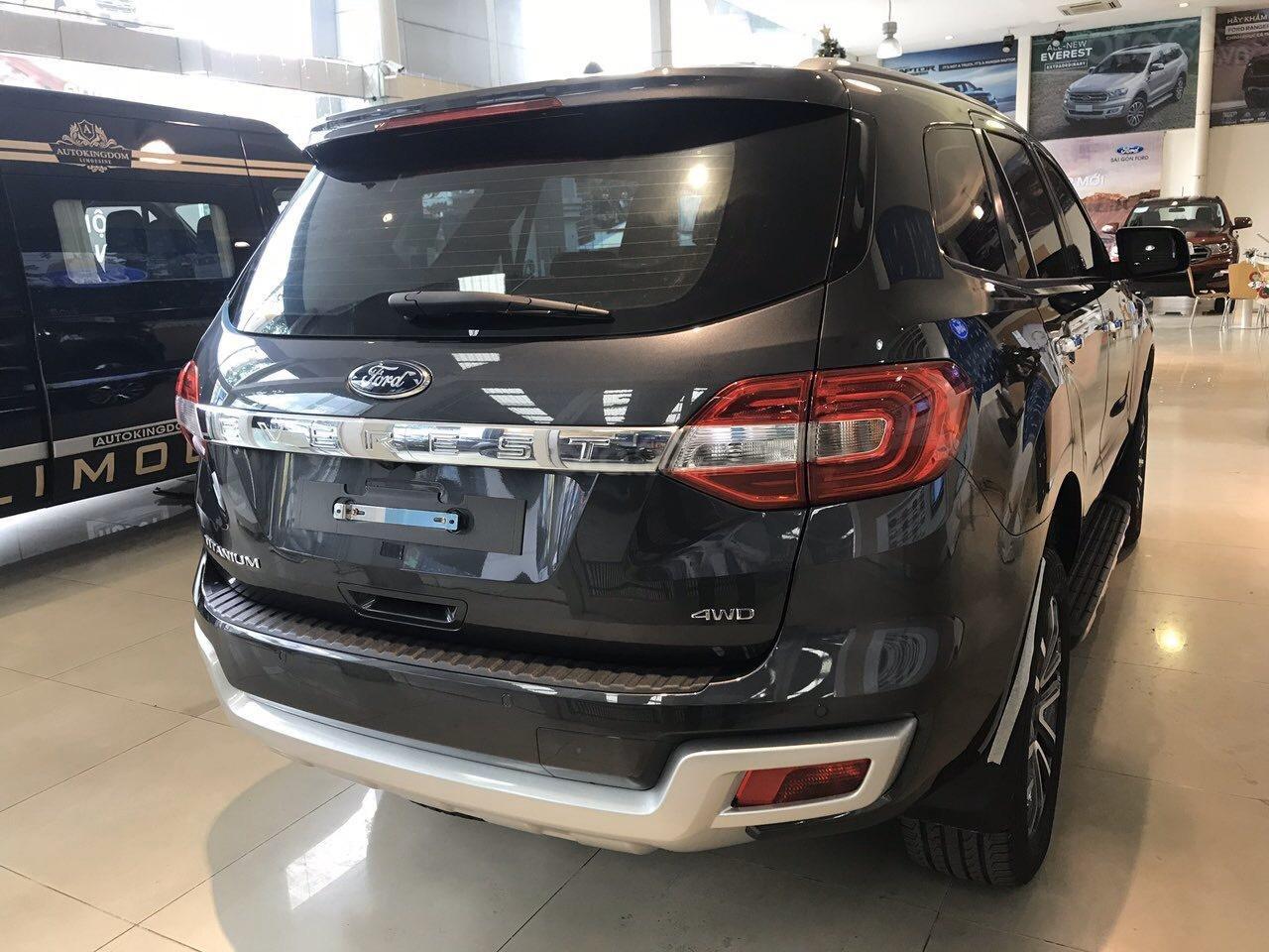 Bán Ford Everest 2019 nhập khẩu - đủ màu, giao ngay, khuyến mãi hấp dẫn, LH: 0908812444 (3)