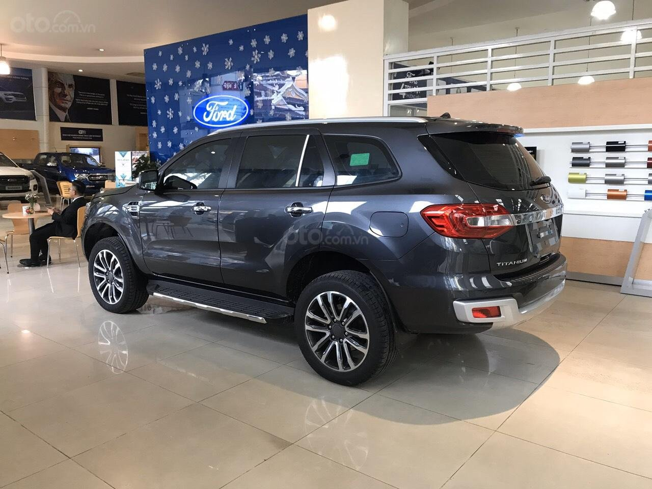 Bán Ford Everest 2019 nhập khẩu - đủ màu, giao ngay, khuyến mãi hấp dẫn, LH: 0908812444 (4)