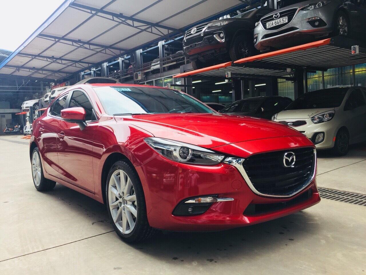 Chỉ 180tr nhận Mazda 3 tháng 11 giảm giá 70tr TG 90%, đủ màu, hỗ trợ ĐKĐK, giải quyết nợ xấu, LH Ms Thu 0981485819 (2)