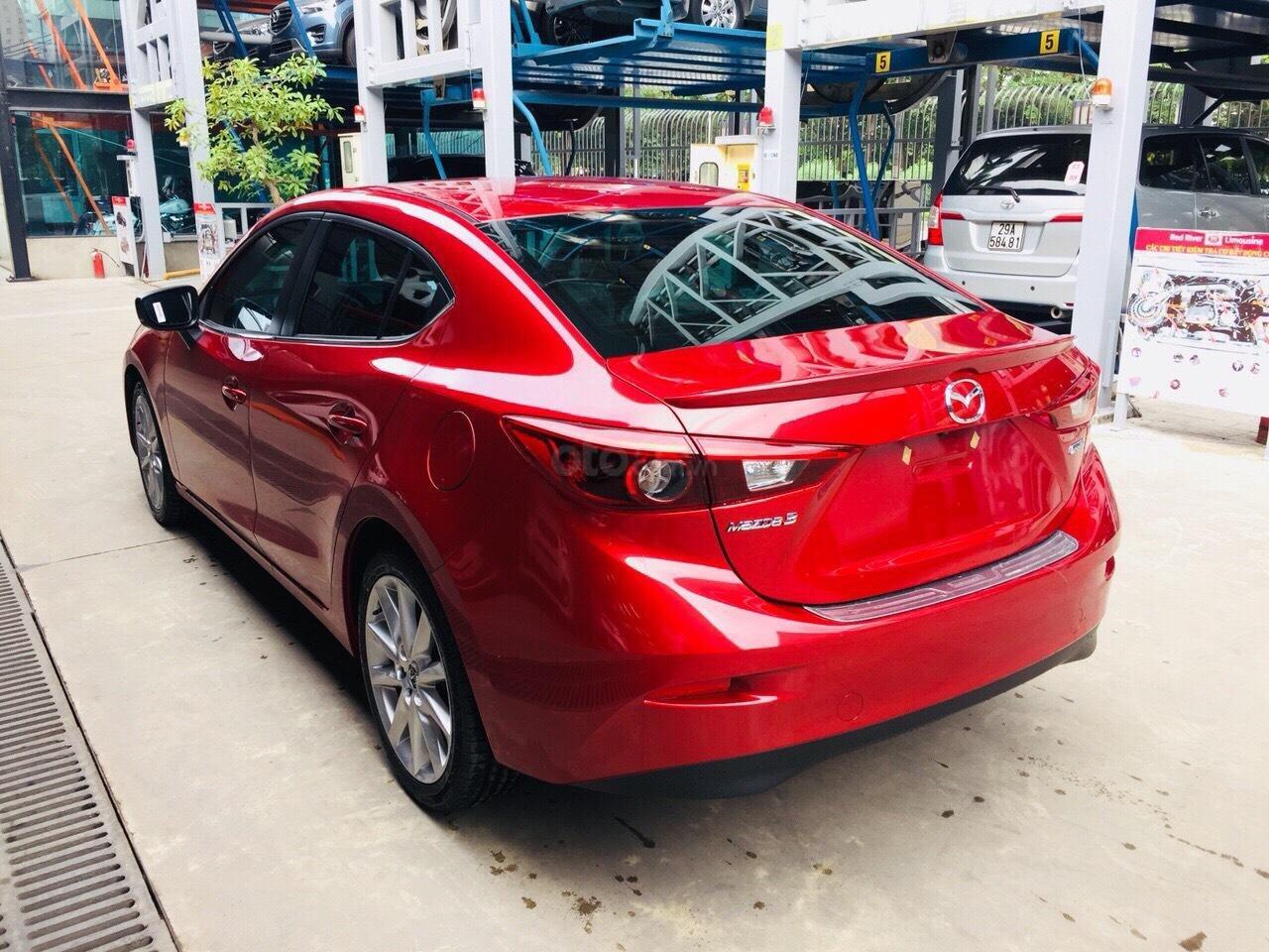 Chỉ 180tr nhận Mazda 3 tháng 10 giảm giá 70tr TG 90%, đủ màu, hỗ trợ ĐKĐK, giải quyết nợ xấu, LH MS thu 0981485819 (4)