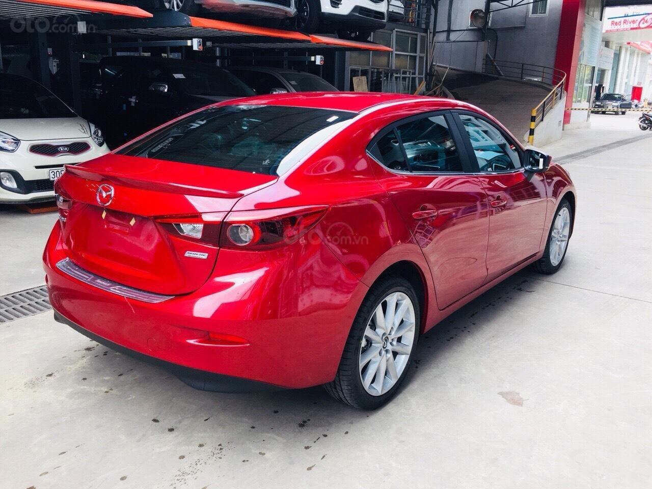 Chỉ 180tr nhận Mazda 3 tháng 11 giảm giá 70tr TG 90%, đủ màu, hỗ trợ ĐKĐK, giải quyết nợ xấu, LH Ms Thu 0981485819 (5)