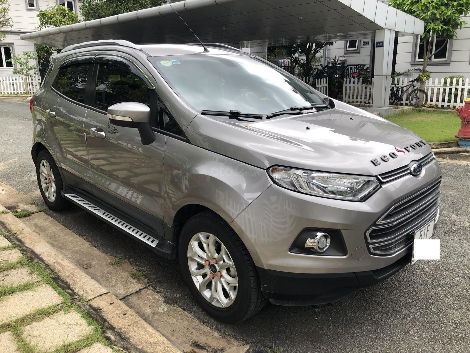Cần bán Ford EcoSport Titanium 2016, màu xám (ghi), xe còn mới 12.000km (2)