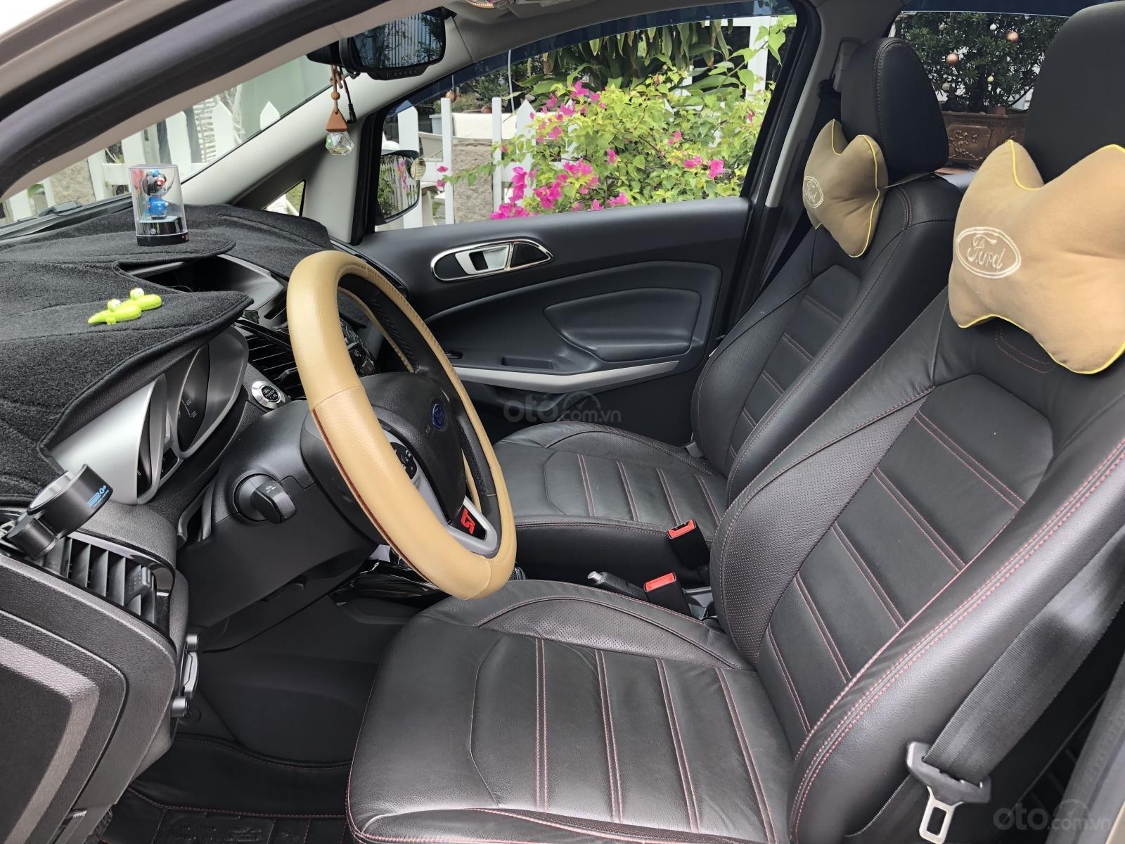 Cần bán Ford EcoSport Titanium 2016, màu xám (ghi), xe còn mới 12.000km (9)
