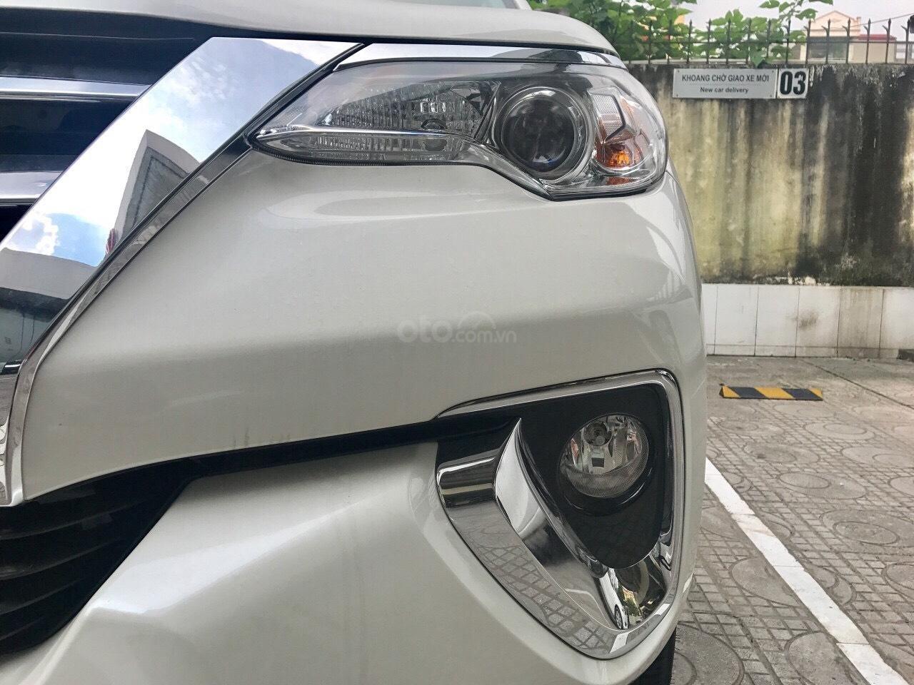 Bán xe Toyota Fortuner máy dầu số tự động 2019, hỗ trợ ngân hàng 90%. LH: 084.765.5555 (5)