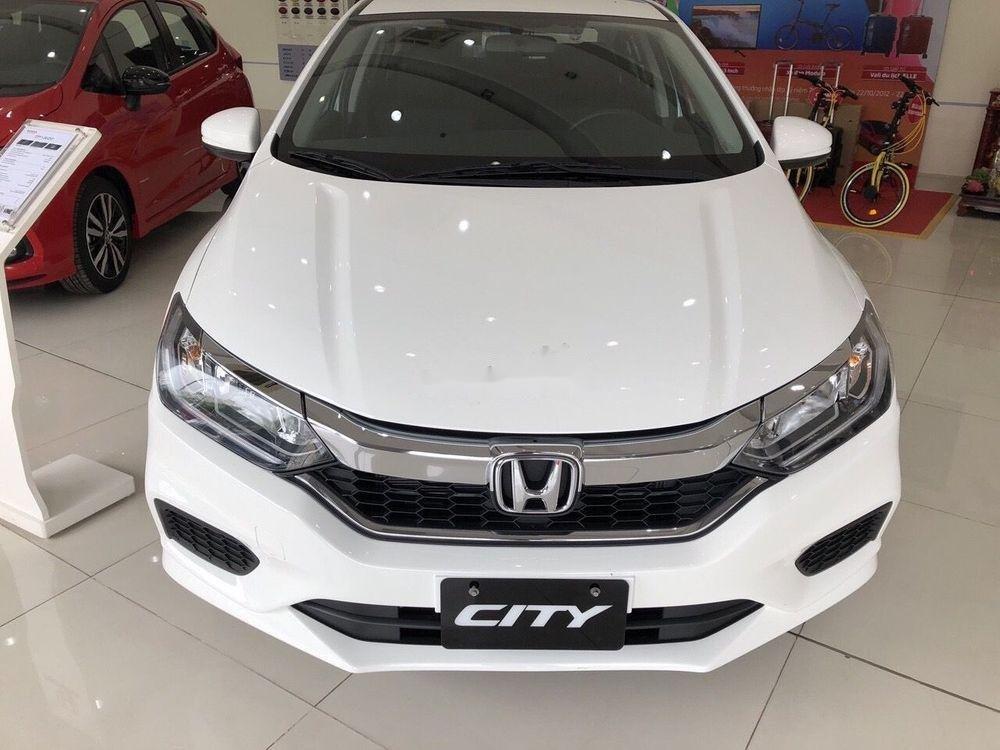 Cận cảnh phiên bản Honda City 2019 bản E giá rẻ mới tại đại lý.