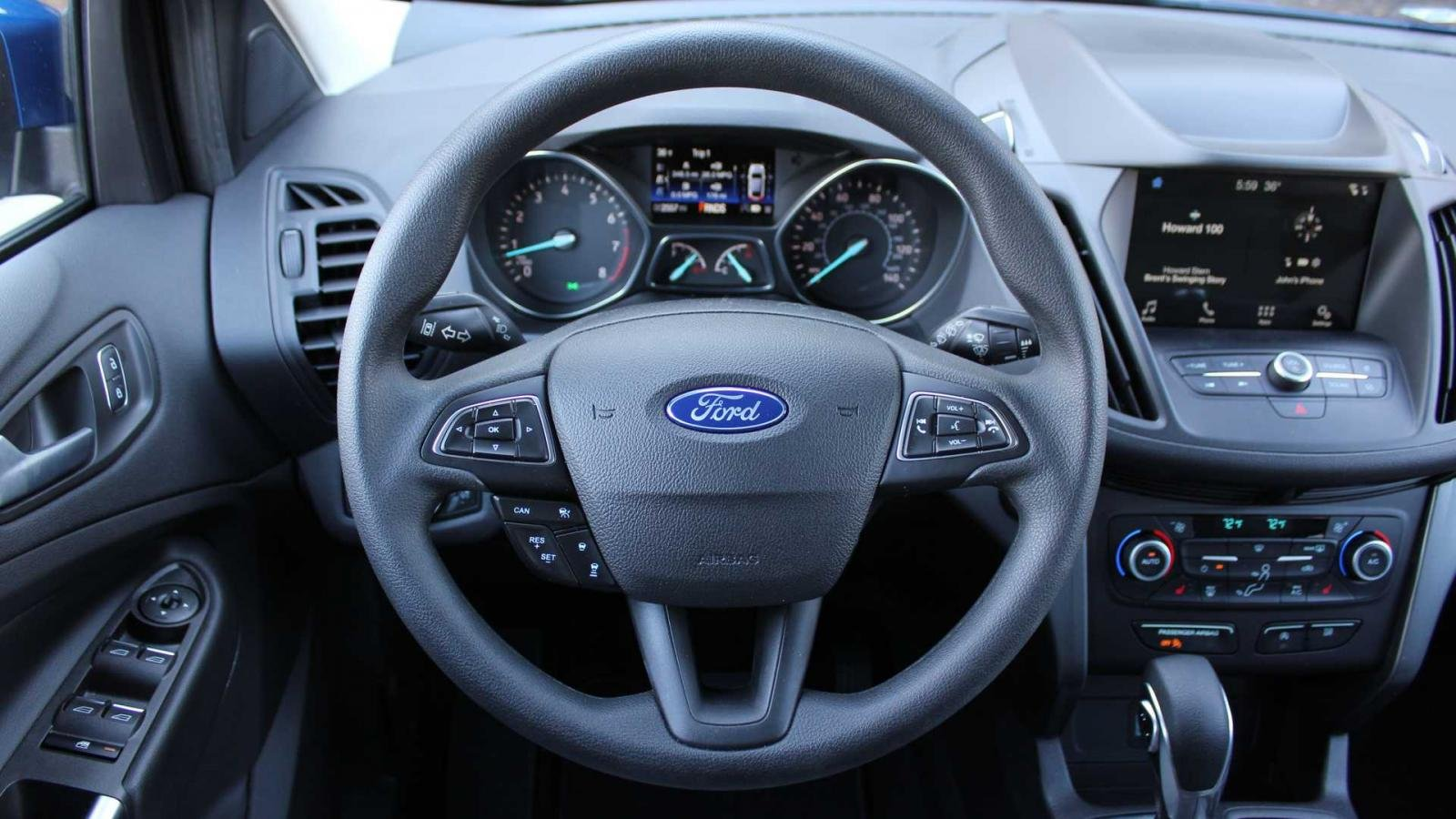 Phân biệt xe Ford Escape 2020 và đời cũ qua ảnh a24