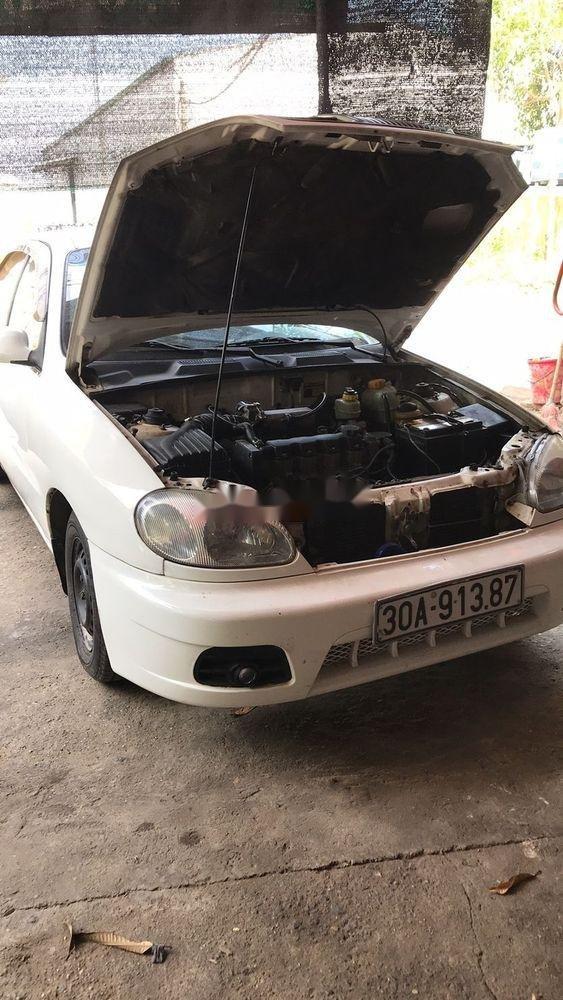 Cần bán gấp Daewoo Lanos sản xuất 2002, màu trắng, xe nhập (1)