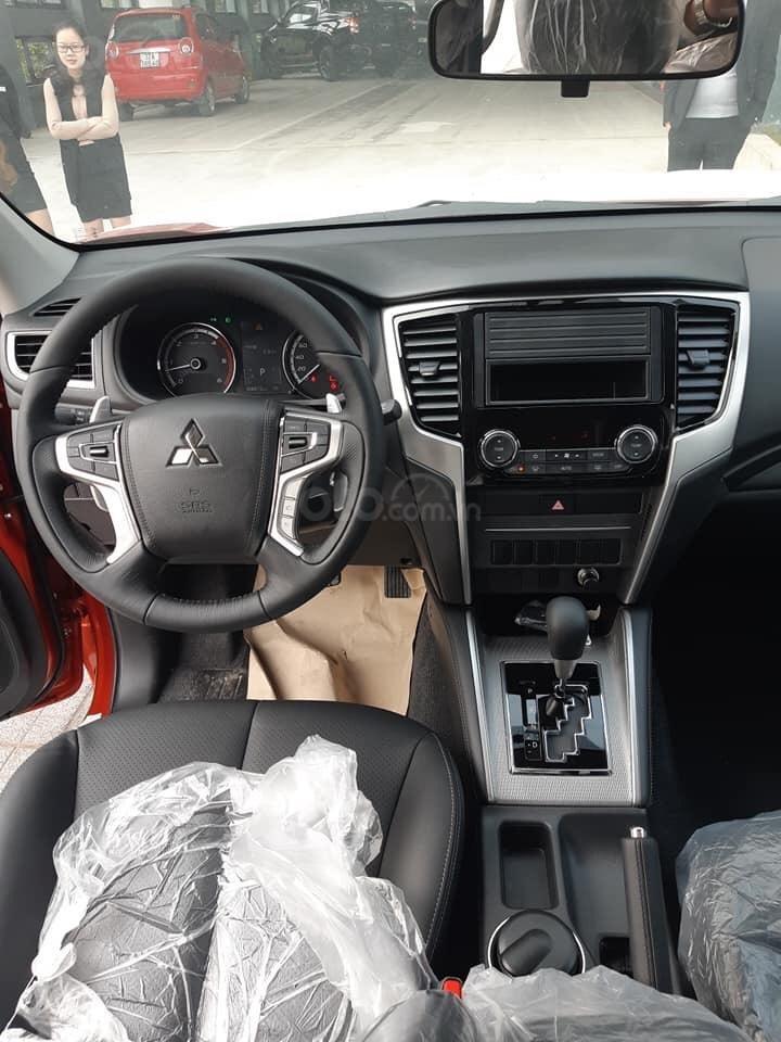 Mitsubishi Triton 2019, km BHVC 1 năm (hoặc nắp thùng) và camera lùi, trả góp 80%, call: 09 161 242 68 (4)