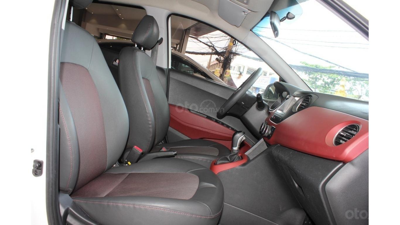 Cần bán xe Hyundai Grand i10 1.2 AT 2016, trả trước chỉ từ 115tr. Hotline 0985.190491 Ngọc (8)