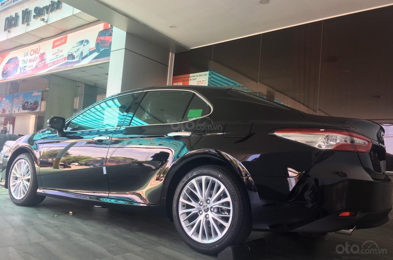 Toyota Camry 2.5Q, giao ngay, giá cực tốt 0906882329 (3)