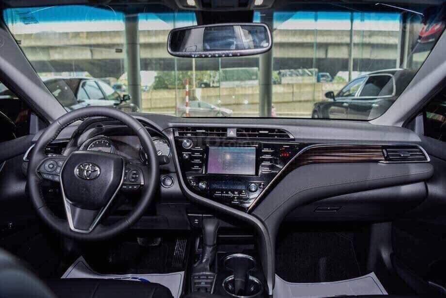 Toyota Camry 2.5Q, giao ngay, giá cực tốt 0906882329 (4)