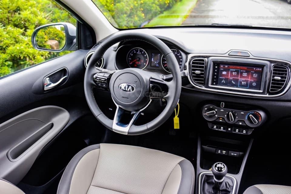 Bán Kia Soluto AT Deluxe 2019 trả trước 150 triệu nhận xe ngay. Tặng BHVC + Cam HT + Film cách nhiệt (3)