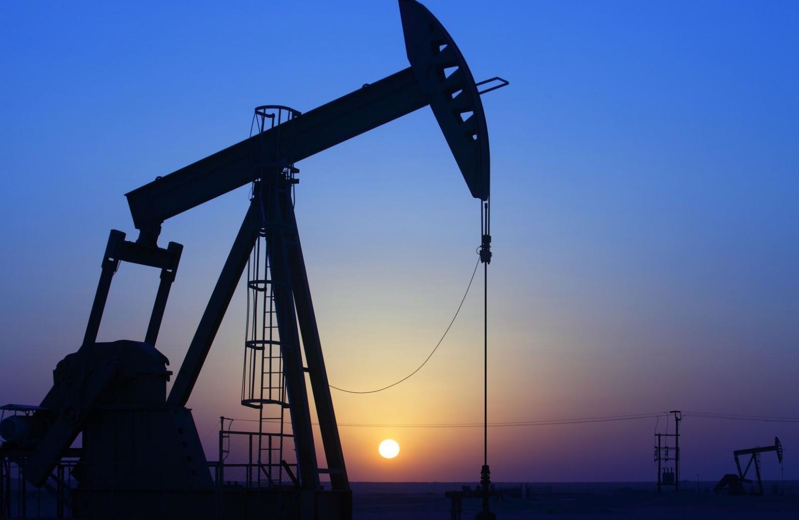 Giá xăng dầu hôm nay mới nhất.