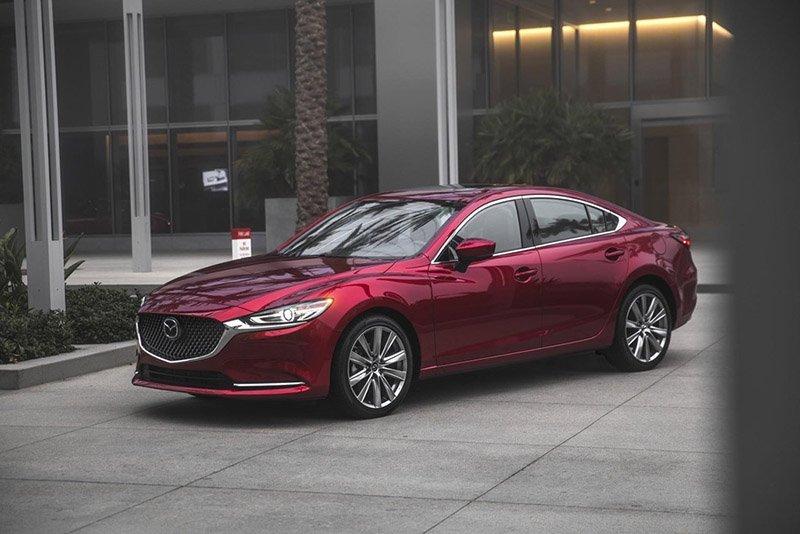 Mazda 6 xếp ngay sau Camry