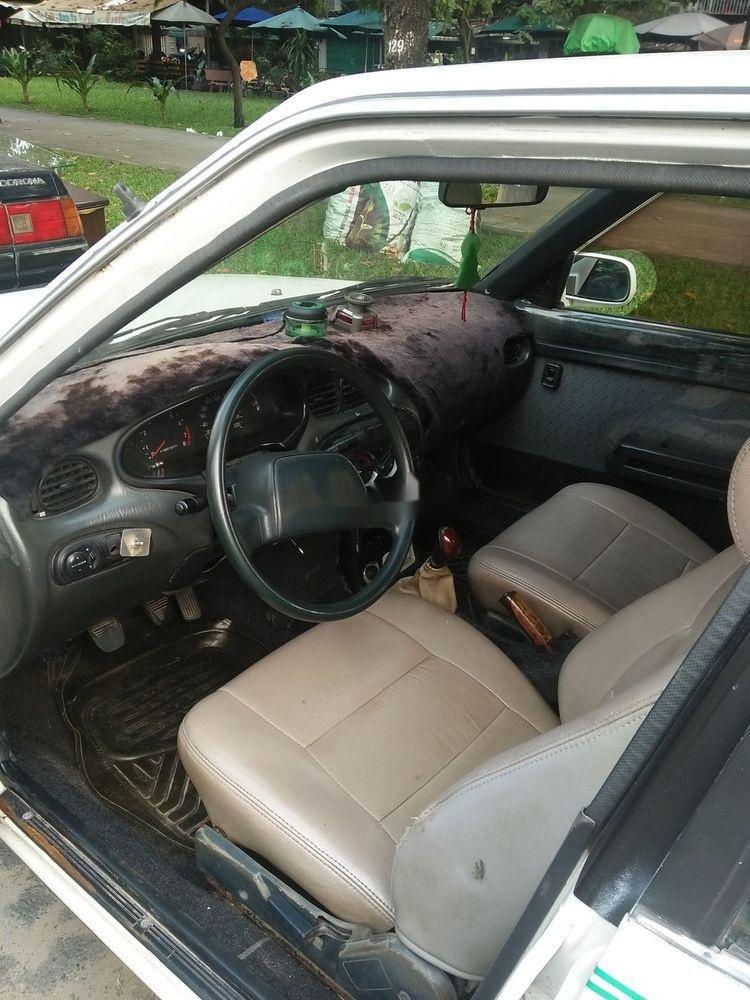 Cần bán xe Toyota Corona năm sản xuất 1985, màu trắng, nhập khẩu nguyên chiếc (4)