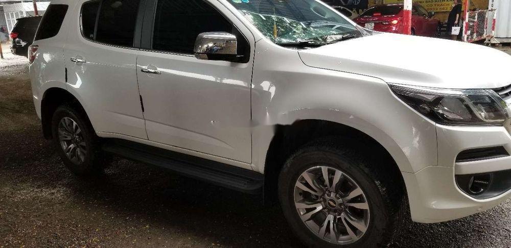 Bán xe Chevrolet Trailblazer đời 2018, màu trắng, xe nhập (1)