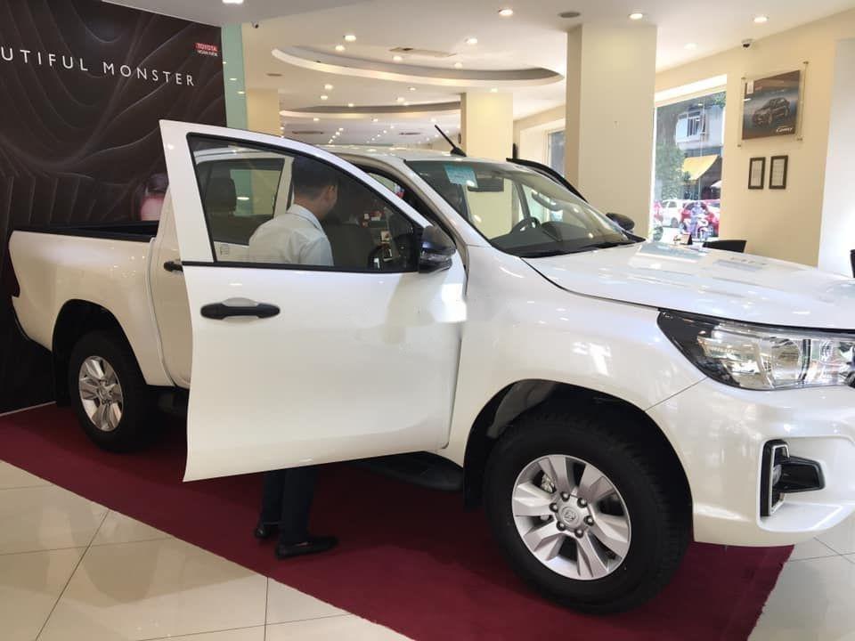 Bán xe Toyota Hilux 2.4 AT 2019, nhập khẩu (3)