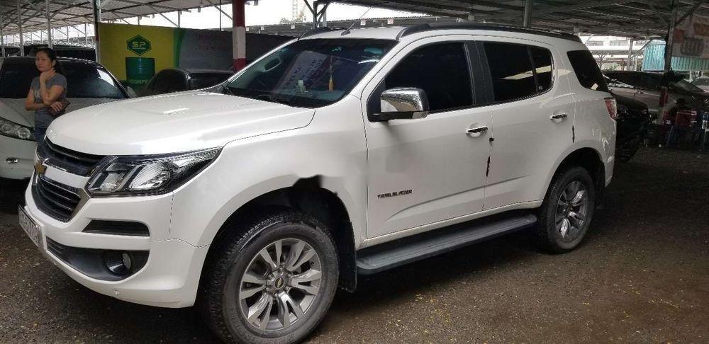 Bán xe Chevrolet Trailblazer đời 2018, màu trắng, xe nhập (2)