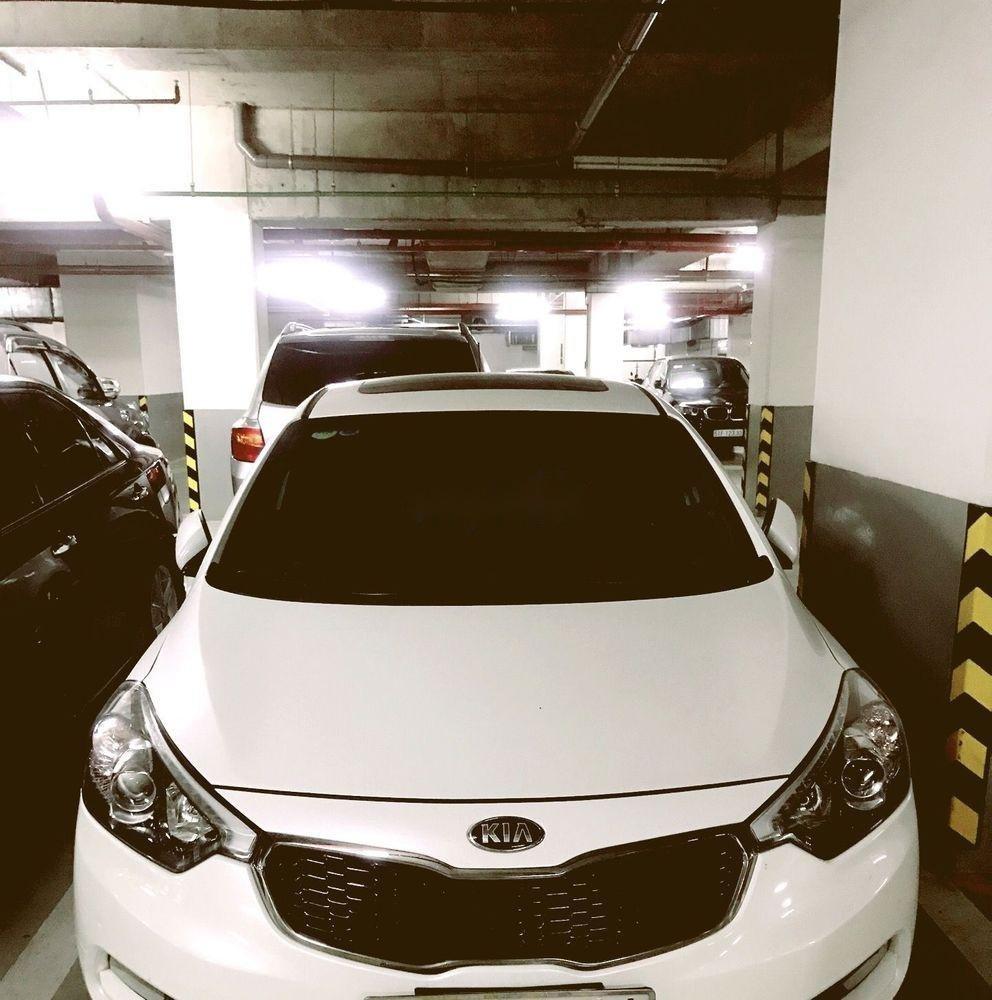 Cần bán Kia Cerato 1.6AT đời 2013, màu trắng, xe nhập (1)