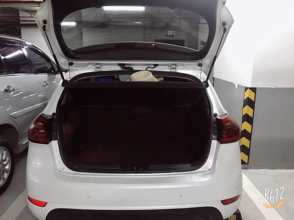Cần bán Kia Cerato 1.6AT đời 2013, màu trắng, xe nhập (5)