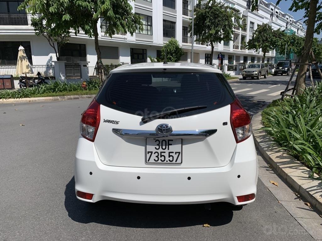 Bán Toyota Yaris 1.3G 2015 màu trắng, đi 42.000km (3)