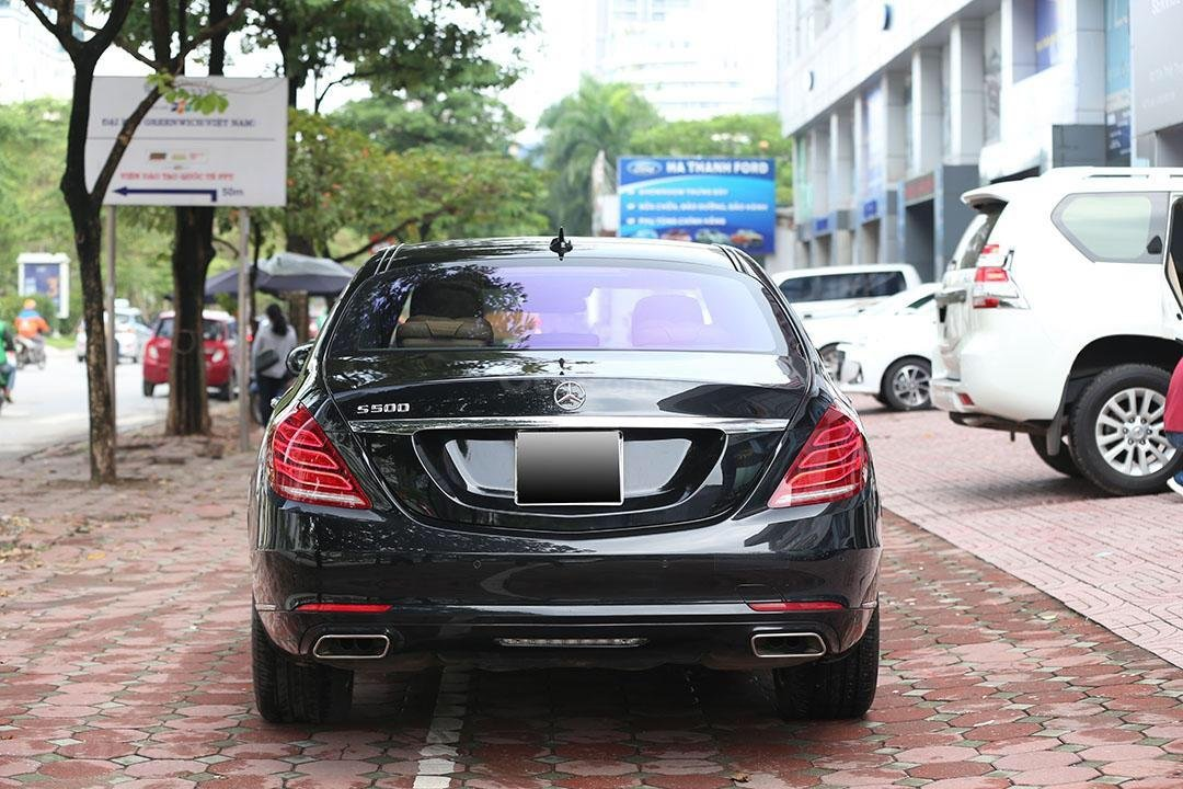 Cần bán xe Mercedes S400 năm sản xuất 2016, màu đen nội thất nâu (3)