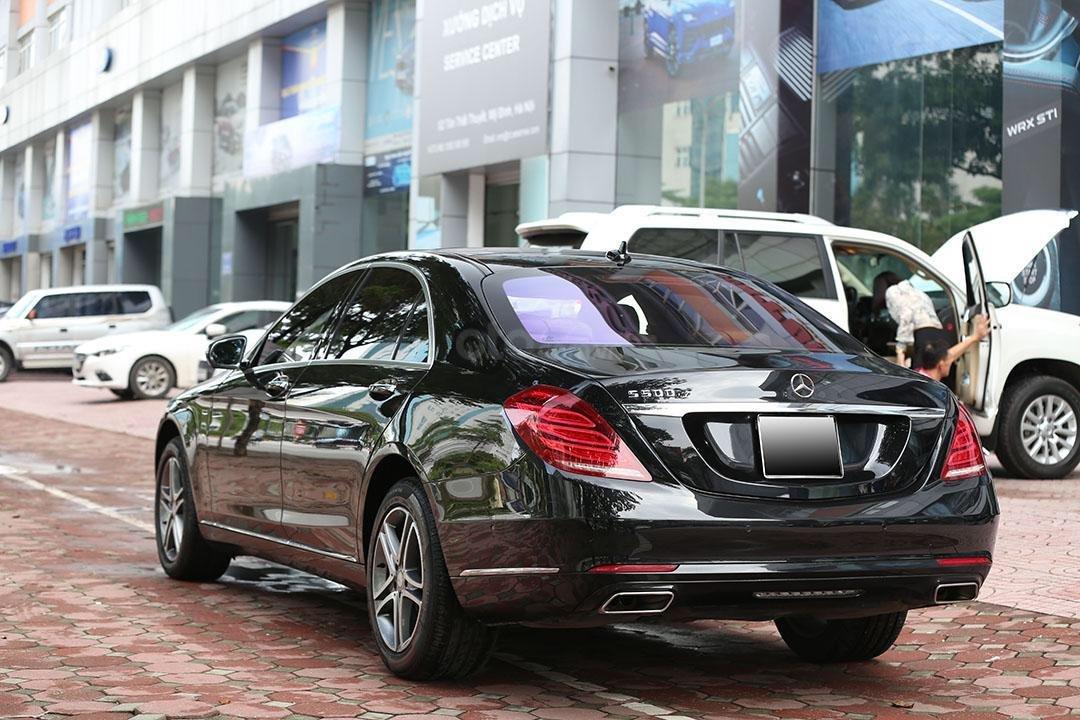 Cần bán xe Mercedes S400 năm sản xuất 2016, màu đen nội thất nâu (15)