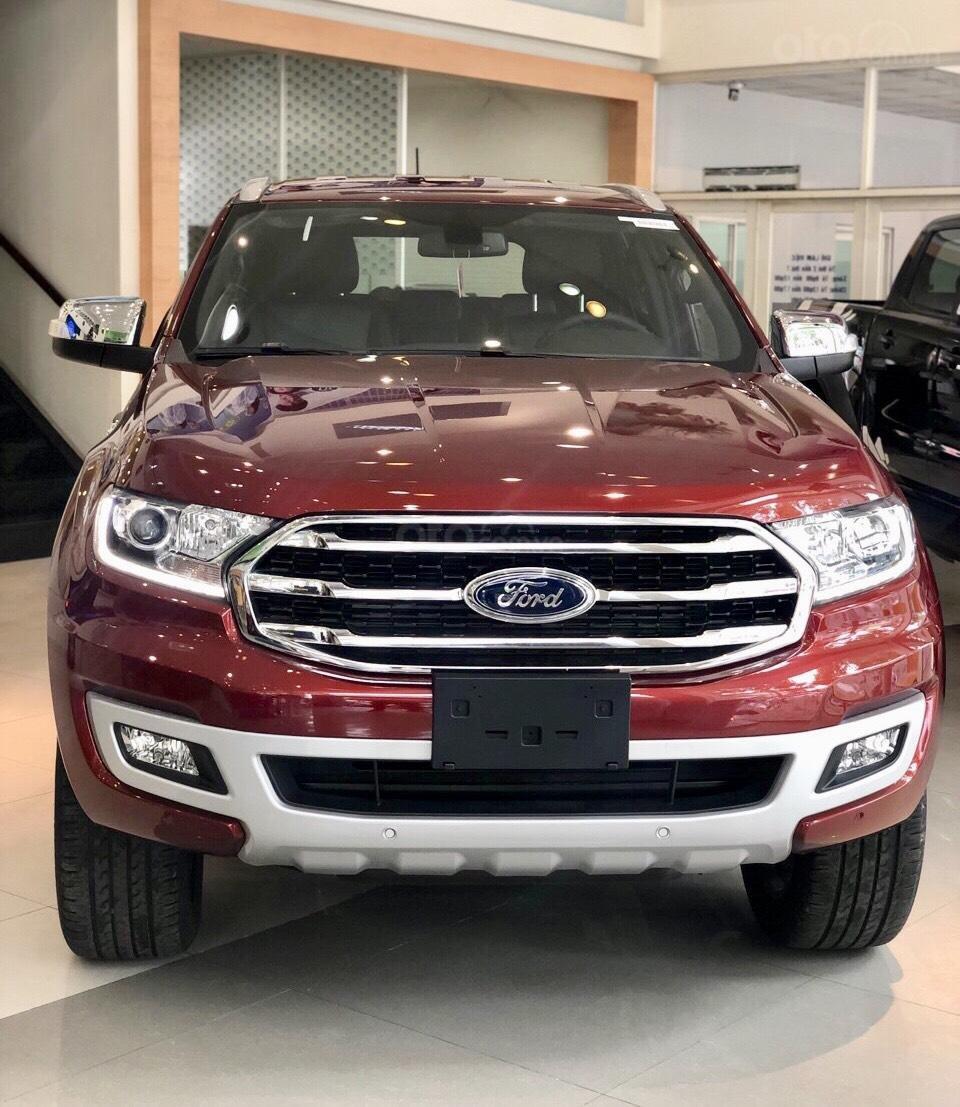 Ford Everest khuyến mãi khủng tặng kèm phụ kiện chính hãng (11)