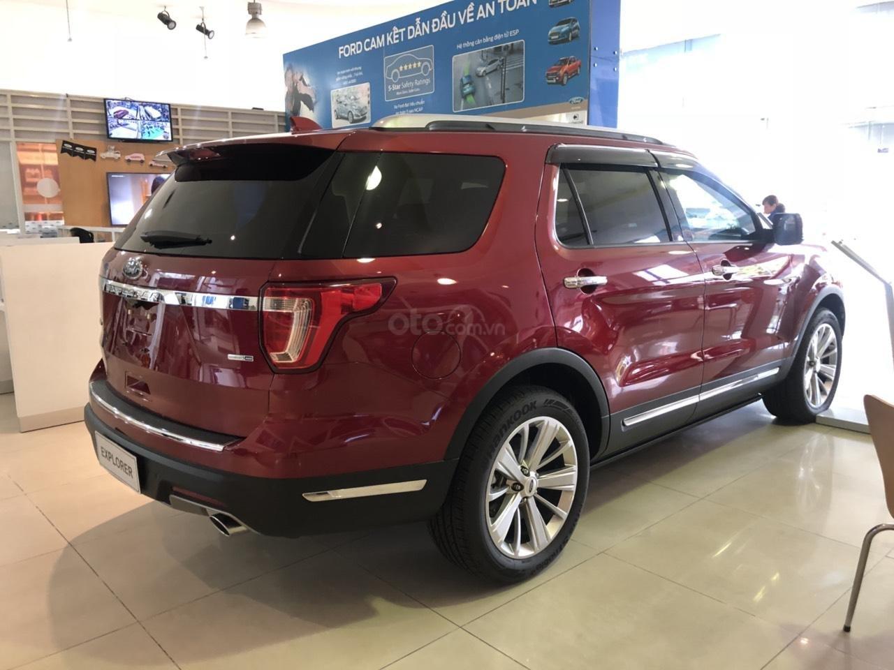 Ford Explorer Ecoboost Limited khuyến mãi khủng tặng phụ kiện giá trị (3)