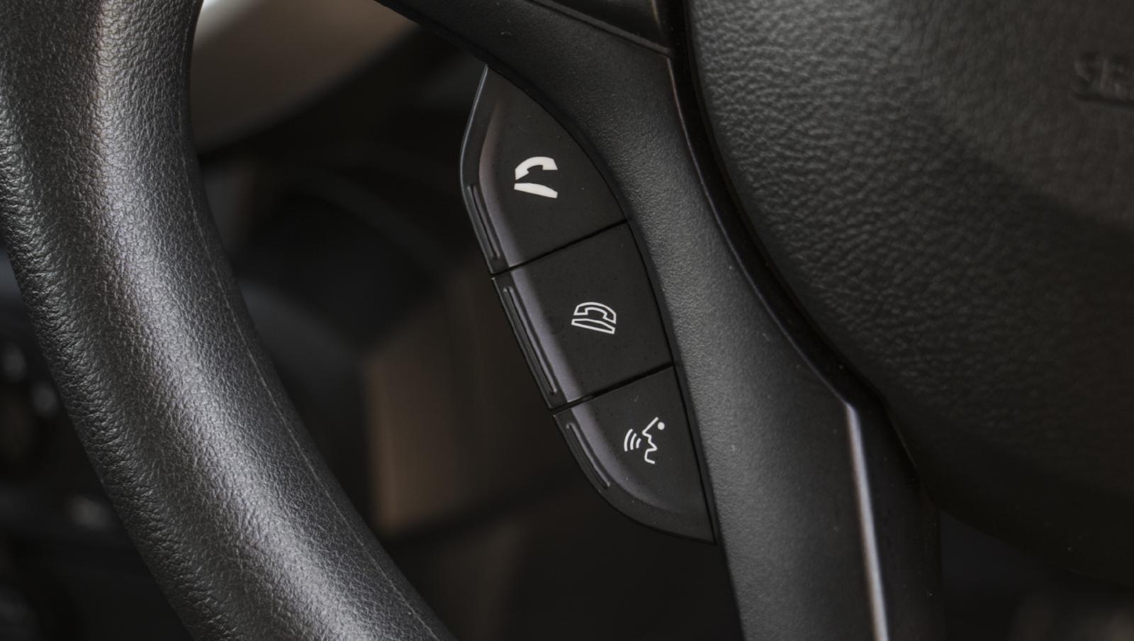vô-lăng Suzuki S-Presso 2020 về trang bị tiện nghi.