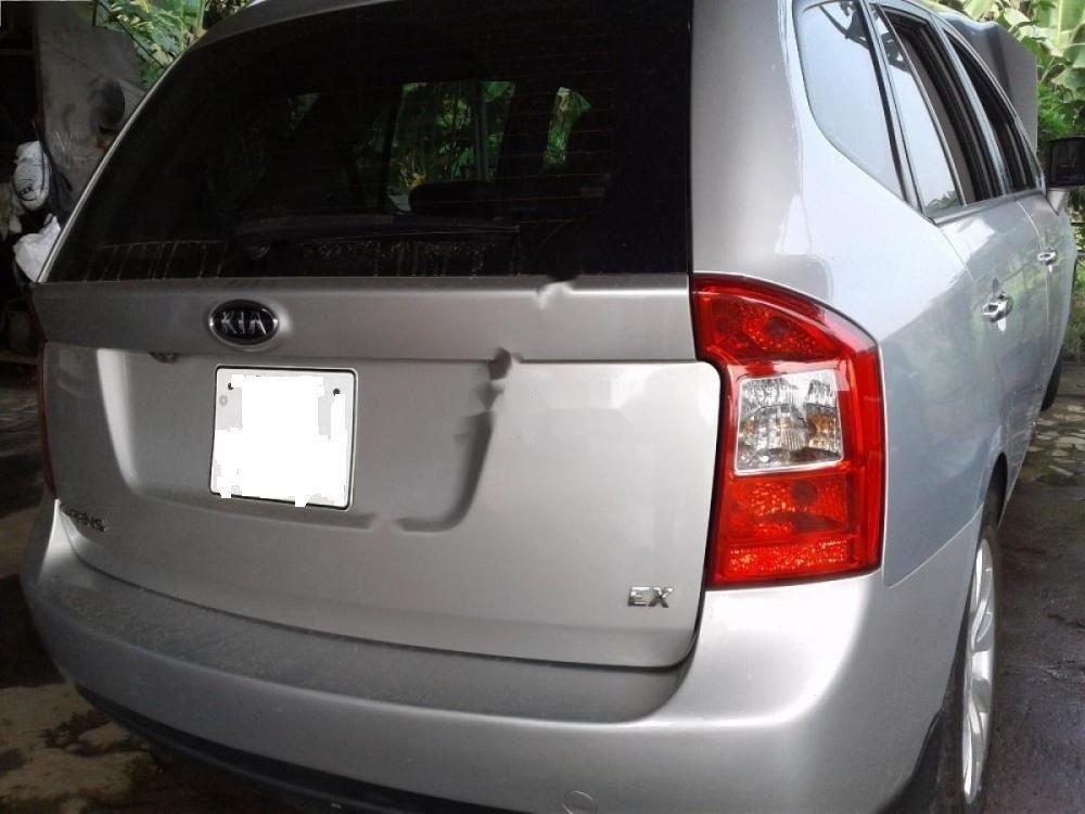 Cần bán xe Kia Carens EX MT đời 2013, màu bạc số sàn, 350 triệu (1)