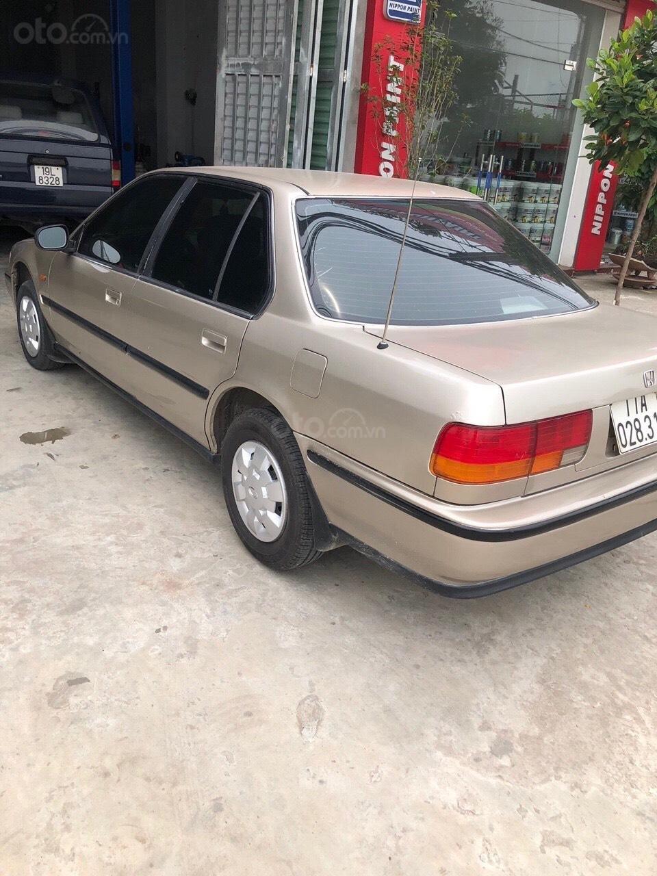 Bán xe Honda Accord LX sản xuất 1988, màu kem (be), nhập khẩu (5)