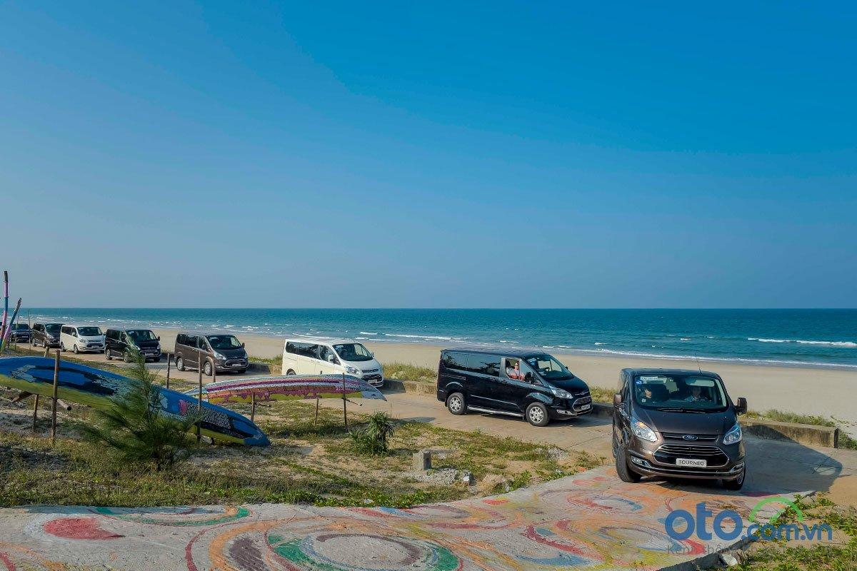 Đánh giá xe Ford Tourneo 2019: Hành trình trải nghiệm Đà Nẵng - Lăng Cô.