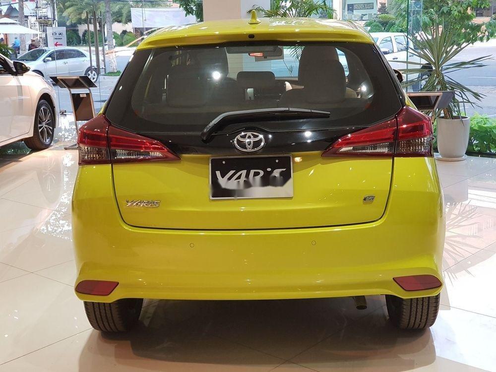 Cần bán Toyota Yaris 2019, màu vàng, nhập khẩu nguyên chiếc (2)