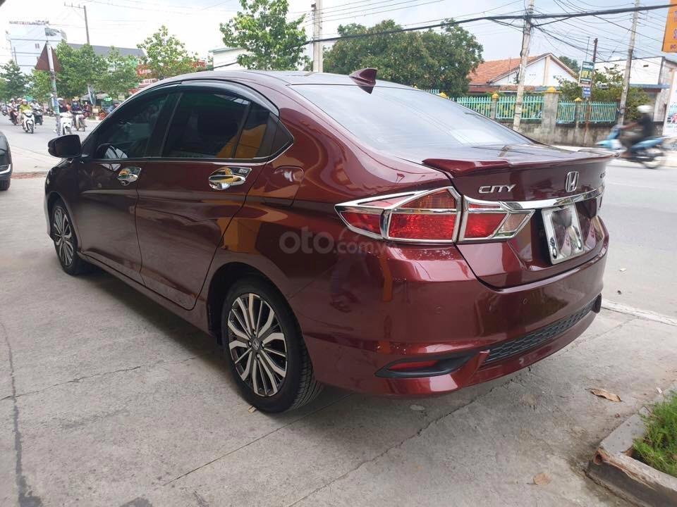 Bán xe Honda City TOP năm 2017, màu đỏ xe gia đình, giá 530tr (2)