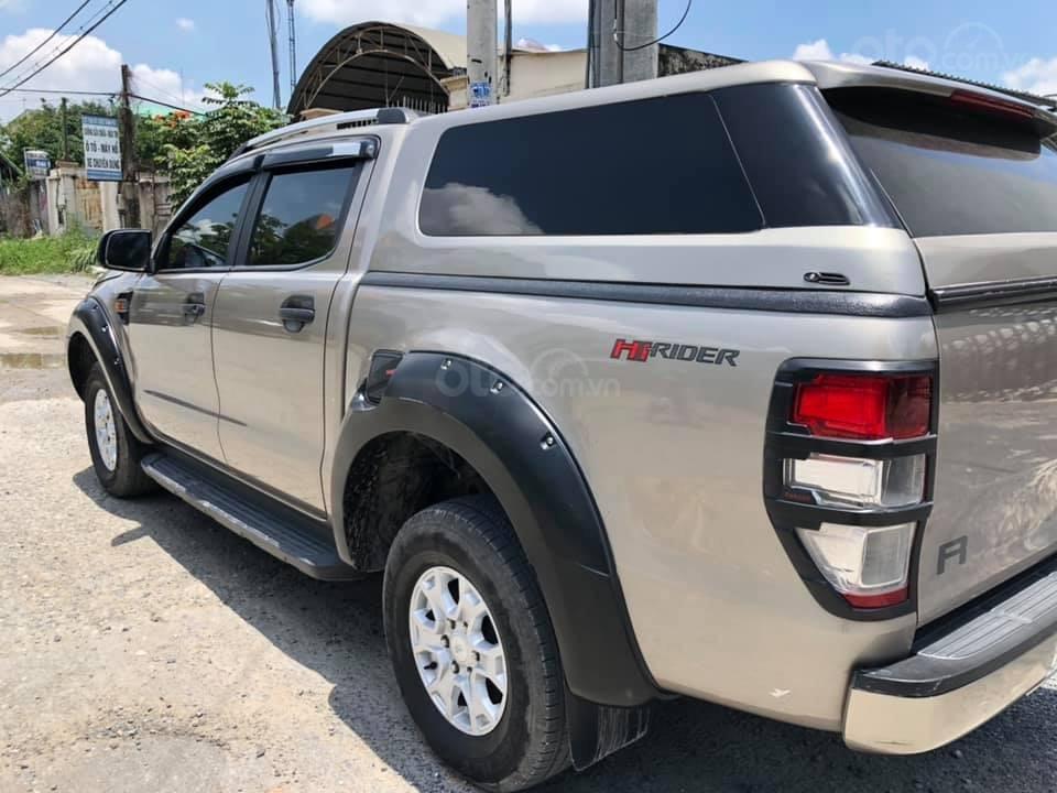 Bán Ford Ranger XLS đời 2017, nhập khẩu nguyên chiếc xe gia đình (3)