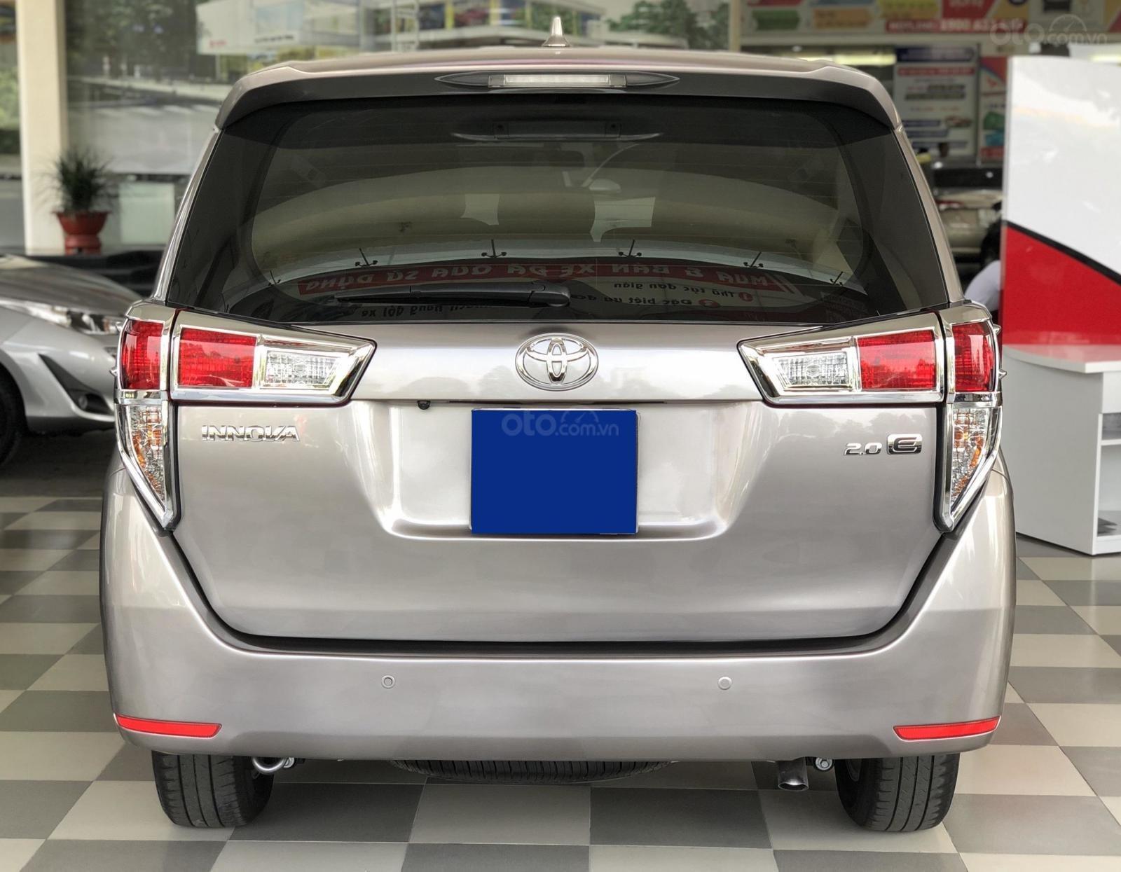 Xe đã qua sử dụng - Innova 2.0E số sàn bền bỉ tiết kiệm (4)