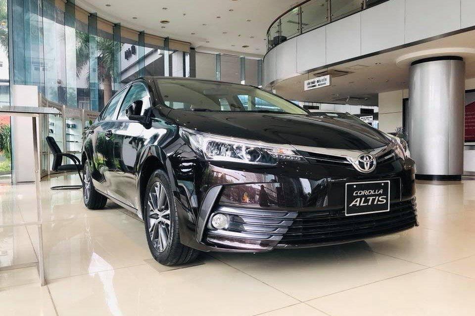 Toyota Corolla Altis 1.8G CVT lại hóa giải tất cả khi dựa vào sức mạnh thương hiệu 1