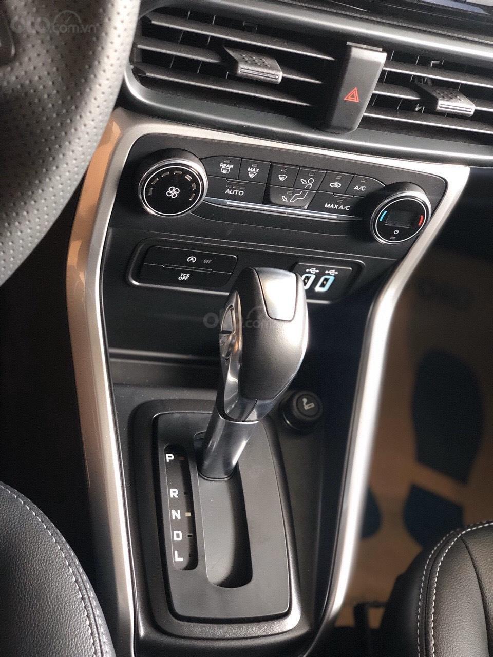 Ford Explorer 2019 nhập khẩu giá sốc ngập tràn ưu đãi, LH: 0908812444 Ms Ngọc Anh (6)