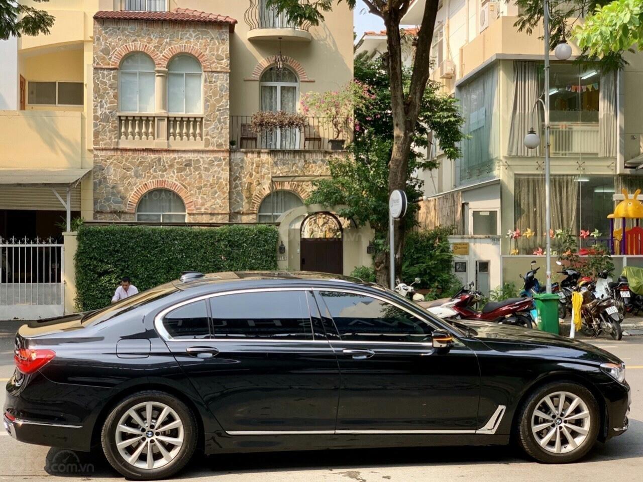 Bán ô tô BMW 7 Series LI sản xuất năm 2016, màu đen (3)