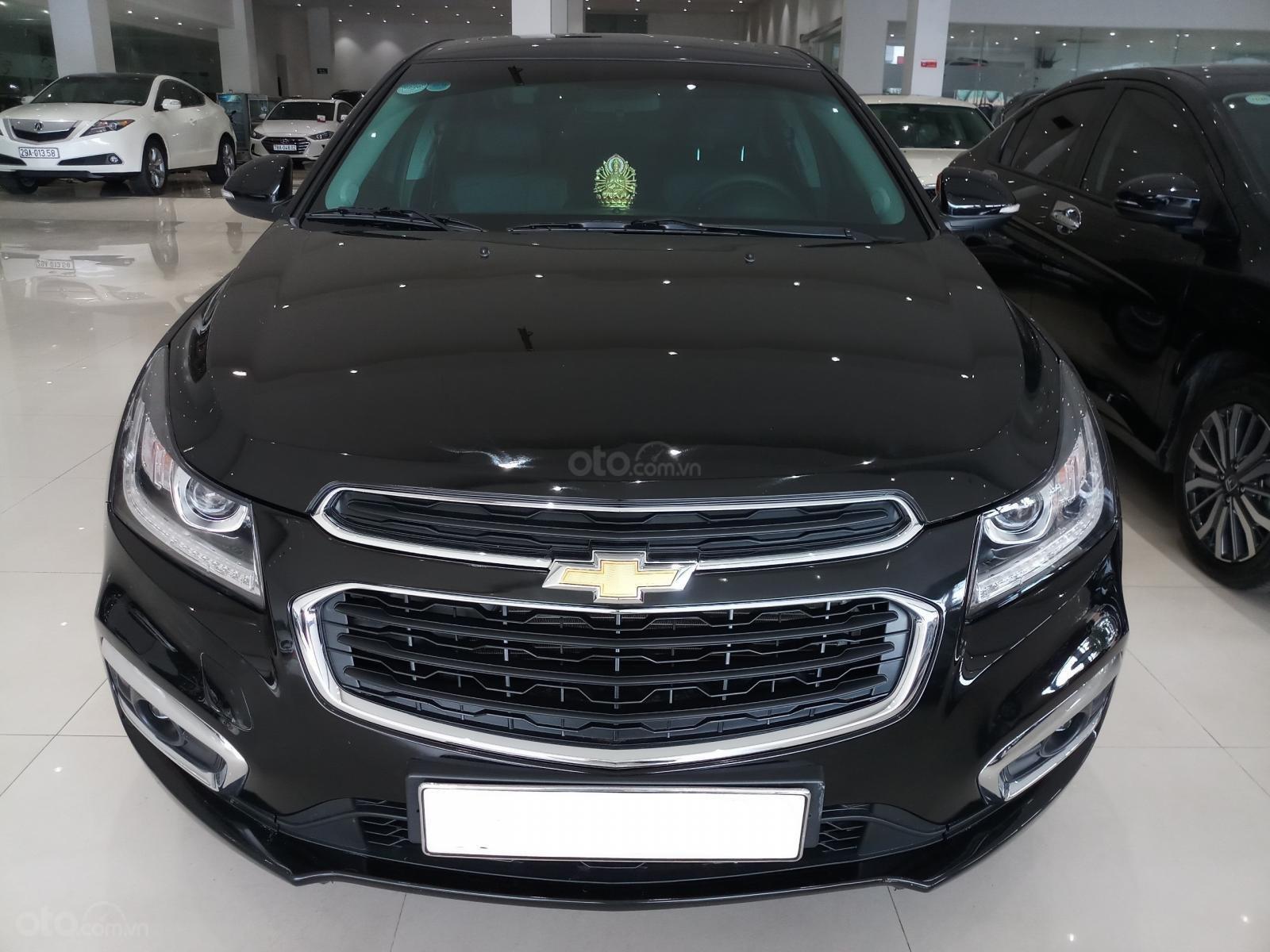 Bán Chevrolet Cruze LTZ 1.8L đời 2017, màu đen, 490tr TL (1)
