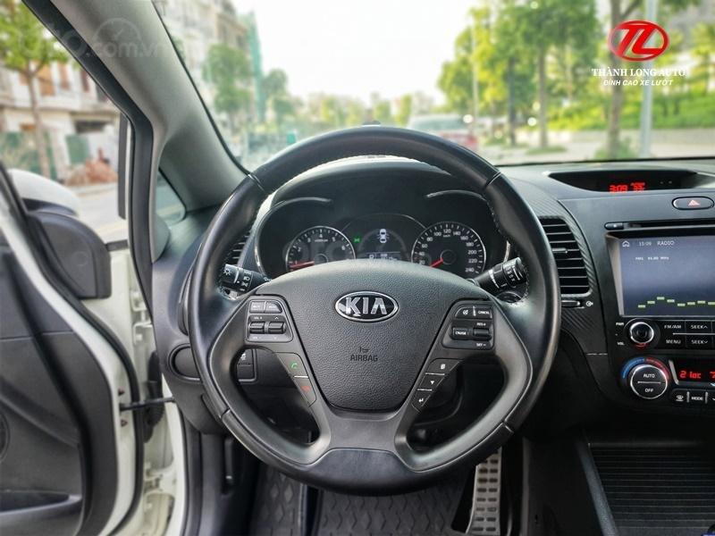 Bán ô tô Kia K3 2.0 AT sản xuất 2014, màu trắng, giá chỉ 499 triệu (9)