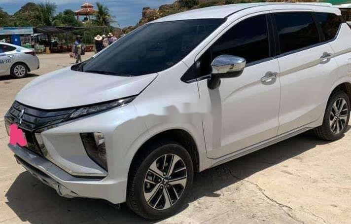 Bán ô tô Mitsubishi Xpander sản xuất năm 2019, màu trắng, nhập khẩu nguyên chiếc, giá chỉ 670 triệu (1)