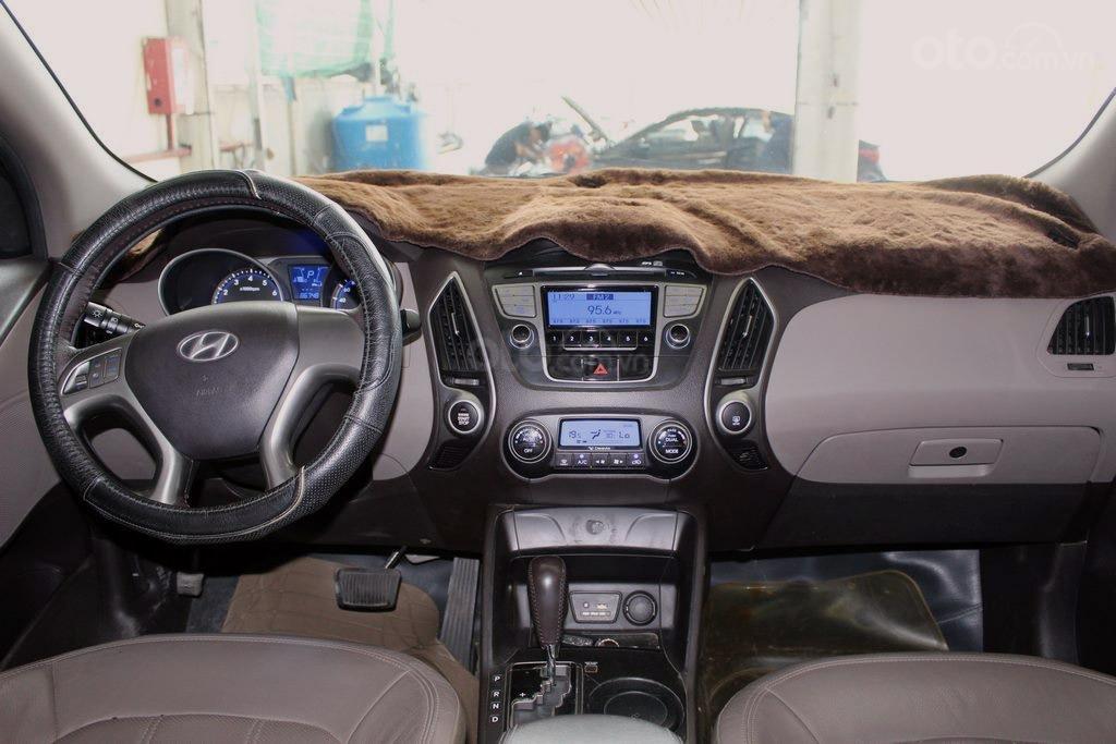 Hyundai Tucson 2.0AT 4WD 2011, xe nhập, kiểm định chất lượng, chạy vô tư (9)