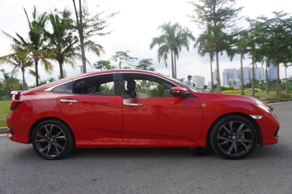 Bán xe Honda Civic RS đời 2019, màu đỏ, siêu lướt (1)