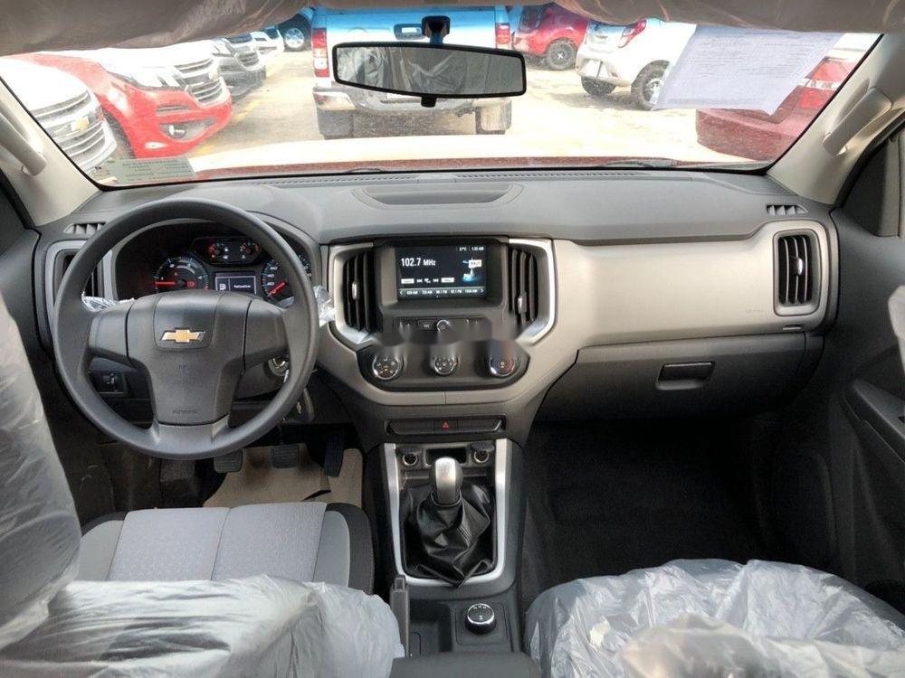 Cần bán Chevrolet Colorado sản xuất 2019, giá tốt (6)
