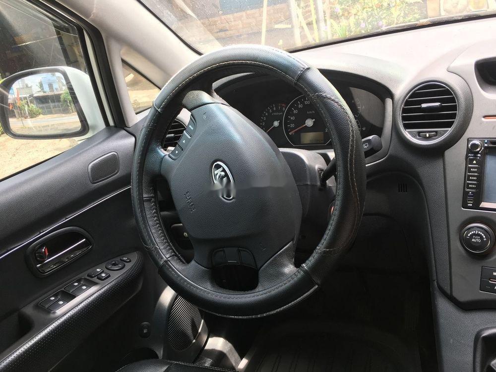 Cần bán xe Kia Carens sản xuất 2015, màu trắng xe gia đình (4)