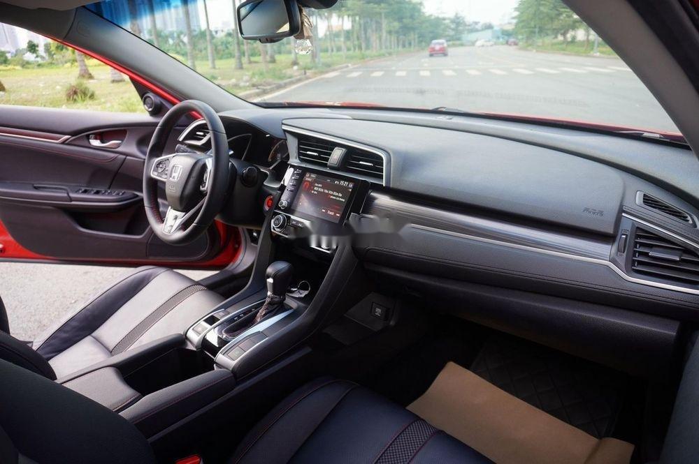 Bán xe Honda Civic RS đời 2019, màu đỏ, siêu lướt (3)